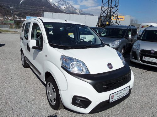 Fiat Qubo 1,4 Natural Power 70 Lounge bei Autohaus Heinz in