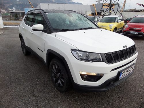 Jeep Compass 2,0 MultiJet AWD 9AT 140 Night Eagle bei Autohaus Heinz in